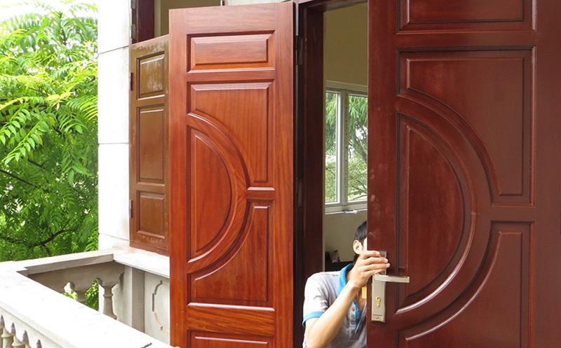 Sơn Sửa Cửa  Gỗ Tại Hà Nội